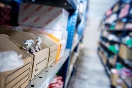 warehouses auto